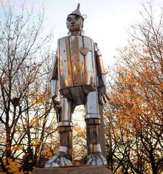 Tin man in Chicago's Oz Park