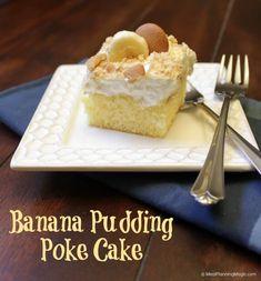 Banana Pudding Poke Cake   MealPlanningMagic.com   #blogflimfood