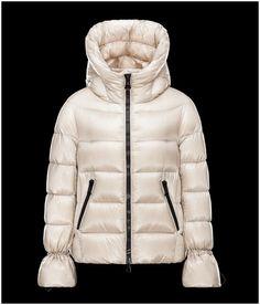 Doudoune Moncler Femme · Moncler Coats Women Sale,Discount Moncler Style  Sale. free and fast shipping. Moncler e477e2a920e