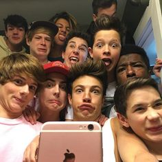 I've always wanted a little brother and a big brother.... I guess I got a bunch of both @aaroncarpenter @hunterrowland @treyschafer @williejones @taylorcaniff @dylandauzat @realchrismiles @bllakeegray