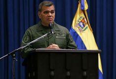 """Padrino López: Fanb está lista para las presidenciales / Caracas.- El ministro del Poder Popular para la Defensa, Vladimir Padrino López, aseguró este jueves que la Fuerza Armada Nacional Bolivariana (Fanb) """"está lista"""" para participar en las elecciones presidenciales de este año. """"La Fuerza Armada Nacional Bolivariana, refundada por el Comandante (Hugo) Chávez, está lista para enfrentar nuevos escenarios que"""