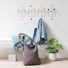 Every time he visits, the nephew Hilmer uses the colourful coat hooks in Anna and Clara's hallway. Coat hook, price per item DKK 34,90 / EUR 4,88 / ISK 829 / NOK 49,90 / GBP 4,66 / SEK 48,80