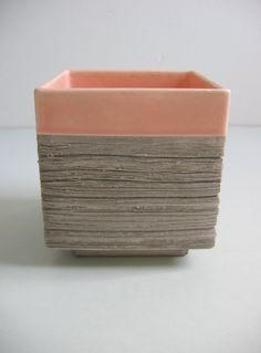 Ceramic Modernist Planter, architectural pot. Vintage 1950.  Pink & Grey pot.   Barbara Willis style.Mid Century Modern, Saarinen Eames era....