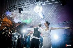 ♥♥♥  LUIZ E DENISE DANÇAS Luiz e Denise Danças preparam cada passo da coreografia, ensinam os noivos e compartilham cada sentimento dos momentos pré-casamento até o grande dia. http://www.casareumbarato.com.br/guia/luiz-e-denise-dancas/