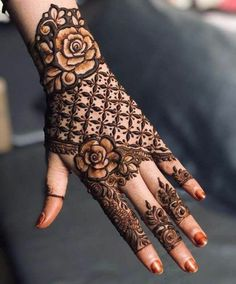 Henna Hand Designs, Dulhan Mehndi Designs, Mehndi Designs Finger, Kashees Mehndi, Kashee's Mehndi Designs, Floral Henna Designs, Latest Bridal Mehndi Designs, Mehndi Designs For Beginners, Mehndi Design Photos