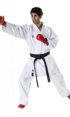 TOKAIDO Kumite Master Karate gi (WKF Approved)  WKF Approved 8oz (55% Cotton – 45% Polyester) Breathable mesh for quick drying and comfort TOKAIDO logos on chest and neck Pre Shrink Technology (shrinkage rate 3%) Trousers with elasticated waistband with additional lacing Ideal for fast kumite techniques