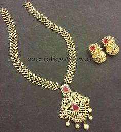 Diamond Set with Detachable Locket   Jewellery Designs