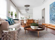 A dica da arquiteta Vivi Cirello para quem quer decorar um apartamento alugado é investirem itens de decoração que podem ser levados para outro apartamento futuramente como sofás, tapetes, mesas (Foto: Divulgação)