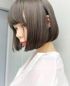 New haircut wavy hair ideas Haircuts For Wavy Hair, Short Bob Hairstyles, Hairstyles Haircuts, Girl Short Hair, Short Hair Cuts, Medium Hair Styles, Short Hair Styles, Bob Hair Color, Hair Setting