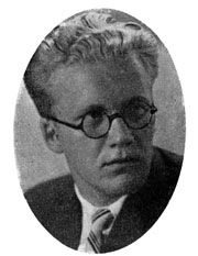 Aage Stentoft as a young guy. He became the owner of several theaters – Frederiksberg Teater, Dagmar Teatret, Det Ny Scala og Apollo Teatret. As the most successful and productive composer in Denmark during 1930-50ies he also composed 700 melodies for theatre for Oswald helmuth, Liva Weel among others.