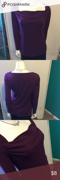 💥3 For $15💥Pretty Purple Banana Republic Top Extremely Comfortable Purple Banana Republic Long Sleeved Top Banana Republic Tops Tees - Long Sleeve