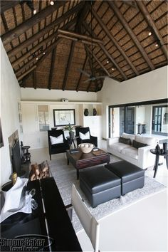 The private sitting room was a dramatic space with African decor This is beauti