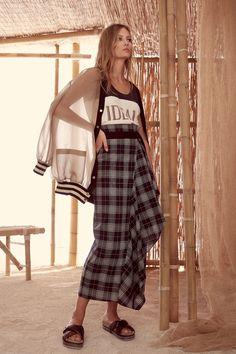 Brunello Cucinelli Spring 2018 Ready-to-Wear Fashion Show
