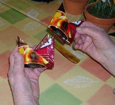 Kirsti-mummon pannunalunen - Oikein nurin sekaisin - Vuodatus.net Snack Recipes, Snacks, Chips, Candy, Snack Mix Recipes, Appetizer Recipes, Appetizers, Potato Chip, Sweets
