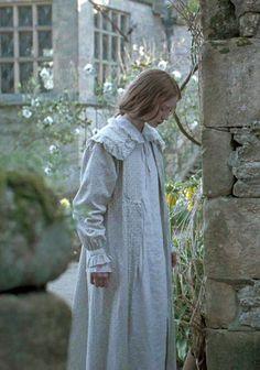 Mia Wasikowska, Jane Eyre - Jane Eyre (2011) #charlottebronte #caryfukunaga: