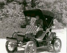 1902 Morse Runabout Model A No.1 with Passenger seat in front and the engine in the rear. The only rear engine Morse built and is still extant in Easton.