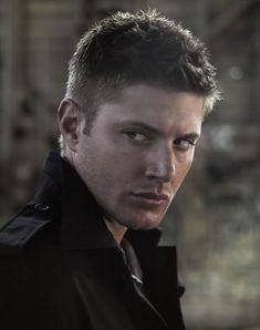 Jensen Ackles as Dean Winchester Most Beautiful Man, Gorgeous Men, Beautiful People, Saga, Smallville, Winchester Brothers, Dean Winchester, Paranormal, Jensen Ackles Supernatural