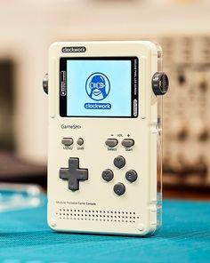 携帯ゲーム機「GameShell」 - ヴェルテ