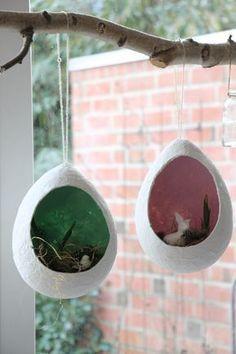 Bastelidee Ostern Klopapierei DIY basteln mit Kinder im Frühling / Ostern. Tolle Idee zum basteln als Dekoration. Bastelideen mit Kindern zum Dekorieren auch für die Grundschule, Schule, Kita, Vorschule oder zu Hause.
