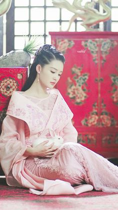 Li Qin 李沁 Princess Agents, Oriental Dress, Woman Movie, Ancient Beauty, Warrior Girl, Girl Photo Poses, Chinese Clothing, Chinese Actress, Chinese Culture