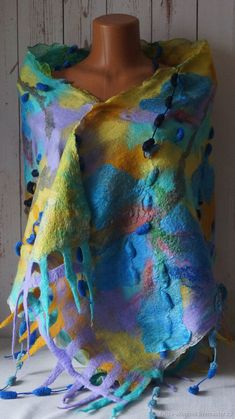 Палантин валяный Тропическая бабочка. шерсть100%шёлк Шаль - купить или заказать в интернет-магазине на Ярмарке Мастеров | Валяный палантин Тропическая бабочка выполнен…