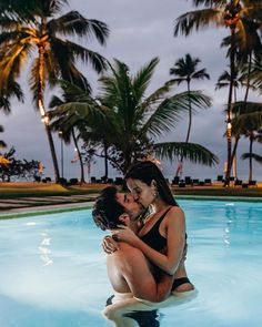 Image may contain: 1 person, sky, tree and outdoor Cute Couples Photos, Cute Couple Pictures, Cute Couples Goals, Couples In Love, Romantic Couples, Couple Photos, Romantic Bath, Couple Goals Relationships, Relationship Goals Pictures