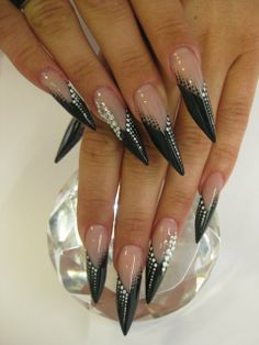 Very beatiful edge nails...Get more of us>>>.HAIR NEWS NETWORK on Facebook... https://www.facebook.com/HairNewsNetwork