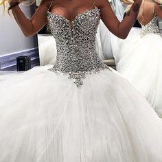 140 Best Extravagant Wedding Dresses Images Wedding Dresses