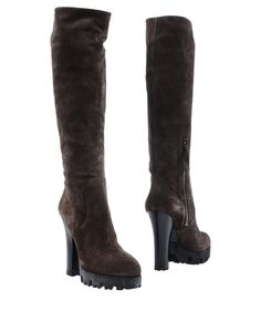MIU MIU Boots. #miumiu #shoes #all
