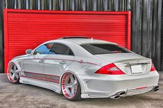Doing Donuts With Bernie: Forgiato Shows off a Mercedes CLS 550 Mercedes Auto, Mercedes Benz Autos, Custom Mercedes, Sexy Cars, Hot Cars, Automobile, Merc Benz, Modified Cars, Amazing Cars