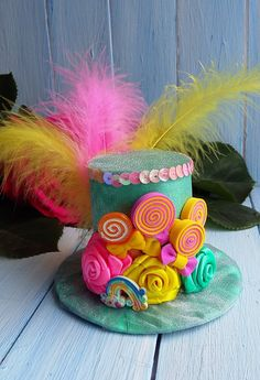 Ready to Ship Size - diameter 4 inch , height 3 inch Mini Top Hat Candy Mini Top Hat Headband Mad Hatter Hat Alice in Wonderland Top Hat Fascinator Tea Party Hat Mint Pink Yellow Mini Top Hat Mini Top Hat made on the hair clip,metal headband,plastic headband,elastic band. Occassion