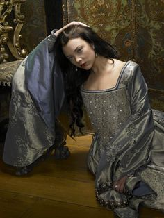 Anne Boleyn From The Tudors | Natalie Dormer as Anne Boleyn - Tudor History Photo (31280457 ...