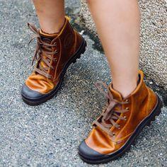 311 個讚,21 則留言 - Instagram 上的 Palladium Boots - Philippines(@palladiumbootsph):「 Good day to take our #palladiumboots out!  Pampa Hi Leather in Sunrise/Chocolate Currently… 」