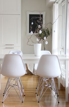 #dining #room #white #styling