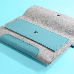 """iPad Mini 2. 7,9"""" / iPad Mini 4. 7,9"""". Blue Laguna Leather & Light Grey Wool Felt. Cute, case, sleeve, apple."""
