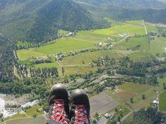 Paraglide Woodrat Mountain near Ruch, Southern Oregon