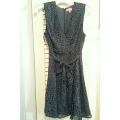 "*DROP*NWOT KIRNA ZABETE AT TARGET DRESS Perfectly Professional Dress- but can go out afterwards too! Strike a ""I mean business"" pose in this beautiful dress. Gray with black print and matching tie belt. Lovely pleats from the waist down fully lined with a hidden back zipper. Kirna Zabete Dresses Midi"