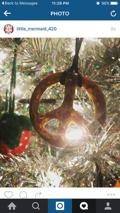 Peaceza pendys make great Christmas ornaments! ☮  Dabsharkglass.bigcartel.com