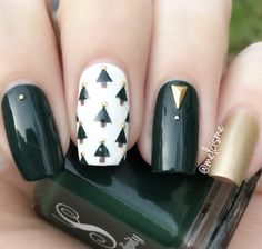 If you are looking for some Christmas green nail art ideas. We have Collected elegant Christmas nail art ideas for you. If you are looking for some Christmas green nail art ideas. We have Collected elegant Christmas nail art ideas for you. Christmas Tree Nail Art, Christmas Nail Art Designs, Christmas Trees, Green Christmas, Disney Christmas Nails, Christmas Cookies, Green Nail Art, Green Nails, Xmas Nails