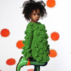 CALLAS dress Crazy, like a cute fruit of the loom character. Little Fashion, Fashion Kids, Knitting For Kids, Baby Knitting, Crochet Bebe, Girls Wardrobe, Stylish Kids, Kid Styles, Beautiful Children