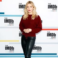 Big thanks to for having me. My episode of the is out now! Katheryn Winnick Vikings, 50 First Dates, Stand Up Guys, Celebrity Magazines, Celebrity Biographies, Lagertha, Go To New York, Canadian Actresses, Cover Model