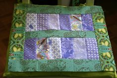 http://pikkukettuknits.wordpress.com/two-charm-packs-and-a-jelly-roll-quilt-top-tutorial/