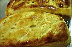 PÃO DE MANDIOCA -  Fazer este pão, amigas e amigos do blog, é outro papo, pois tem grau maior de dificuldade!  Sim, um pouco mais trabalhoso por isso indicado aqueles afeitos a um bom desafio. O resultado é muita macies, sabor e aroma diferenciados. Leveza, prazer.