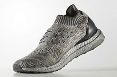 adidas Introduces Silver-Colored BOOST to the UltraBOOST Uncaged: The Three Stripes continues to experiment with different colored BOOST midsoles. Adidas Running Shoes, Running Shoes For Men, Adidas Shoes, Shoes Sneakers, Adidas Ultra Boost Uncaged, Adidas Tubular Nova, Nike Slippers, Running Shoe Brands, Slippers