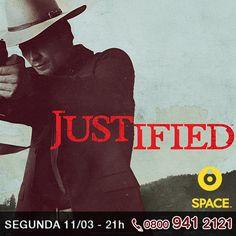 """Estreia hoje a 4ª temporada de """"Justified"""", agora com um novo interesse romântico, Raylan gosta de situações complexas, o posto será ocupado por uma caçadora de recompensas.     Quais as novidades que vem por aí?     http://www.clarotv.br.com/"""