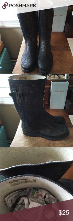 Chooka boots/rain boots Tall chooka rain boots, bronze and black, reptile pattern used a lot on rainy days . In good condition! Chooka Shoes Winter & Rain Boots