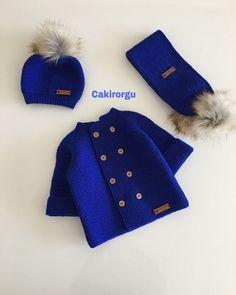 Baby Knitting Patterns, Knitting Designs, Crochet Bebe, Winter Hats, Doll Clothes, Baby Boy Knitting, Knitting, Baby Vest, Sacks