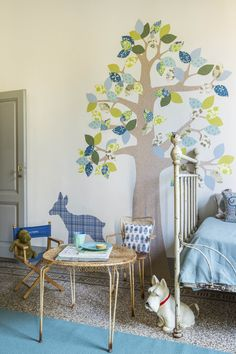 stylist/set designer: Cristina Gigli @ Casa Facile, September/2015 Shown in the photo: the Inke Wallpaper Tree #2 June 126