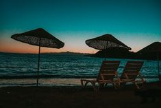 "Shamontiel wrote ""Best Beach Chairs for the Elderly""   #summerliving #summerdays #socialisolation #beachdays #beachlife #seniorhealth   (Photo credit: Mert Kahveci/Unsplash)"