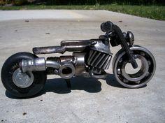 Number 187 NutGrinder by HeavyMetalMotorcycle on Etsy Metal Projects, Welding Projects, Metal Crafts, Steel Art, Steel Metal, Metalarte, Wood Artwork, Tin Art, Scrap Metal Art